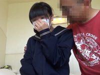 【FC2レビュー】まるで肝炎!本気でカメラを嫌がるJC風素人娘にハゲオヤジが覆いかぶさって・・・【北の円人さん】
